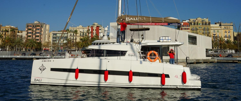 Sailing Experience Catamaran Barcelona
